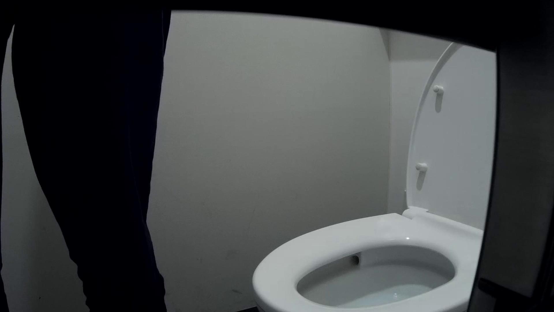 有名大学女性洗面所 vol.50 個室には3つの「目」があるみたいです。 洗面所 おまんこ無修正動画無料 53PIX 26