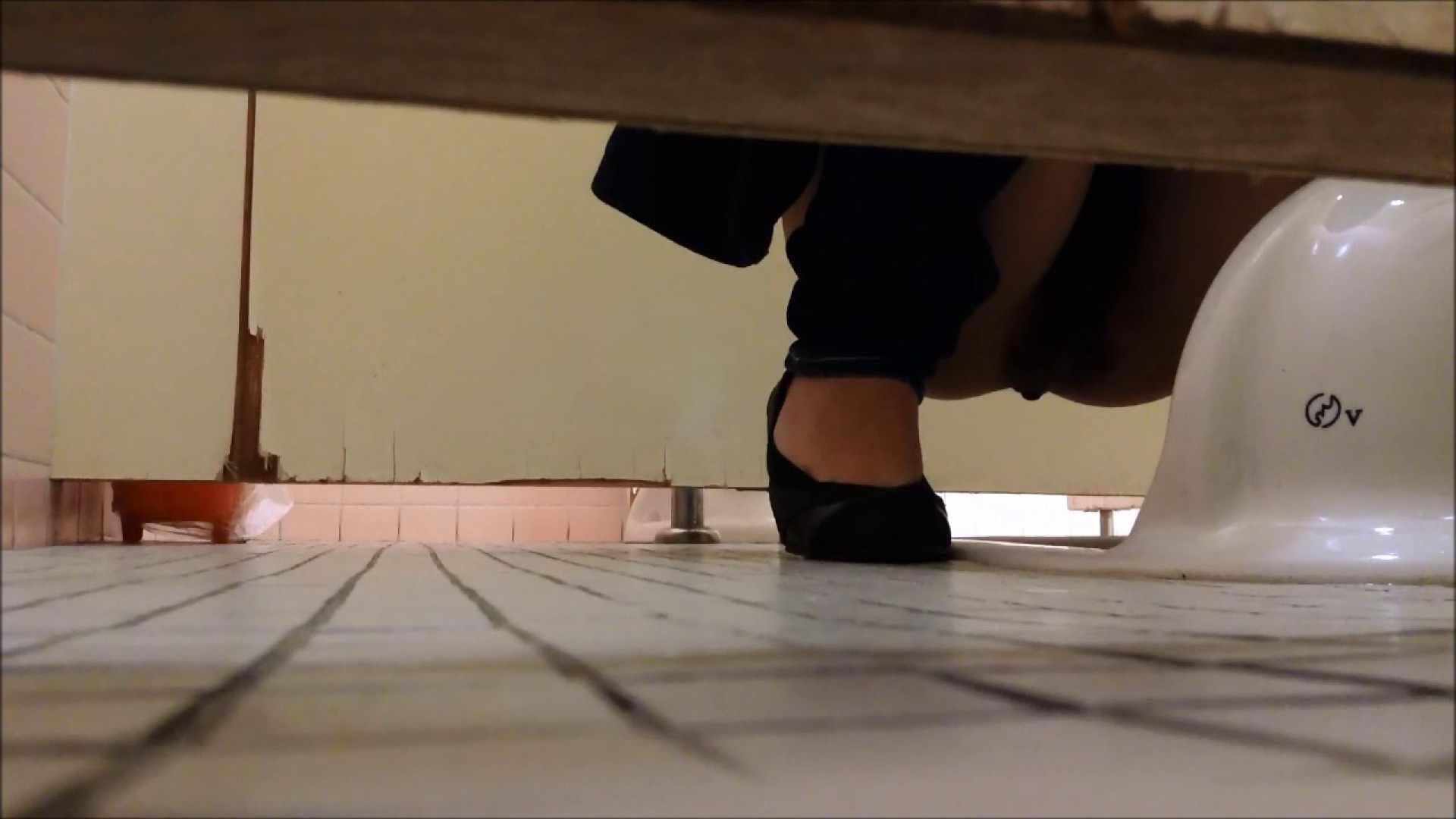 某有名大学女性洗面所 vol.06 潜入 AV動画キャプチャ 74PIX 63
