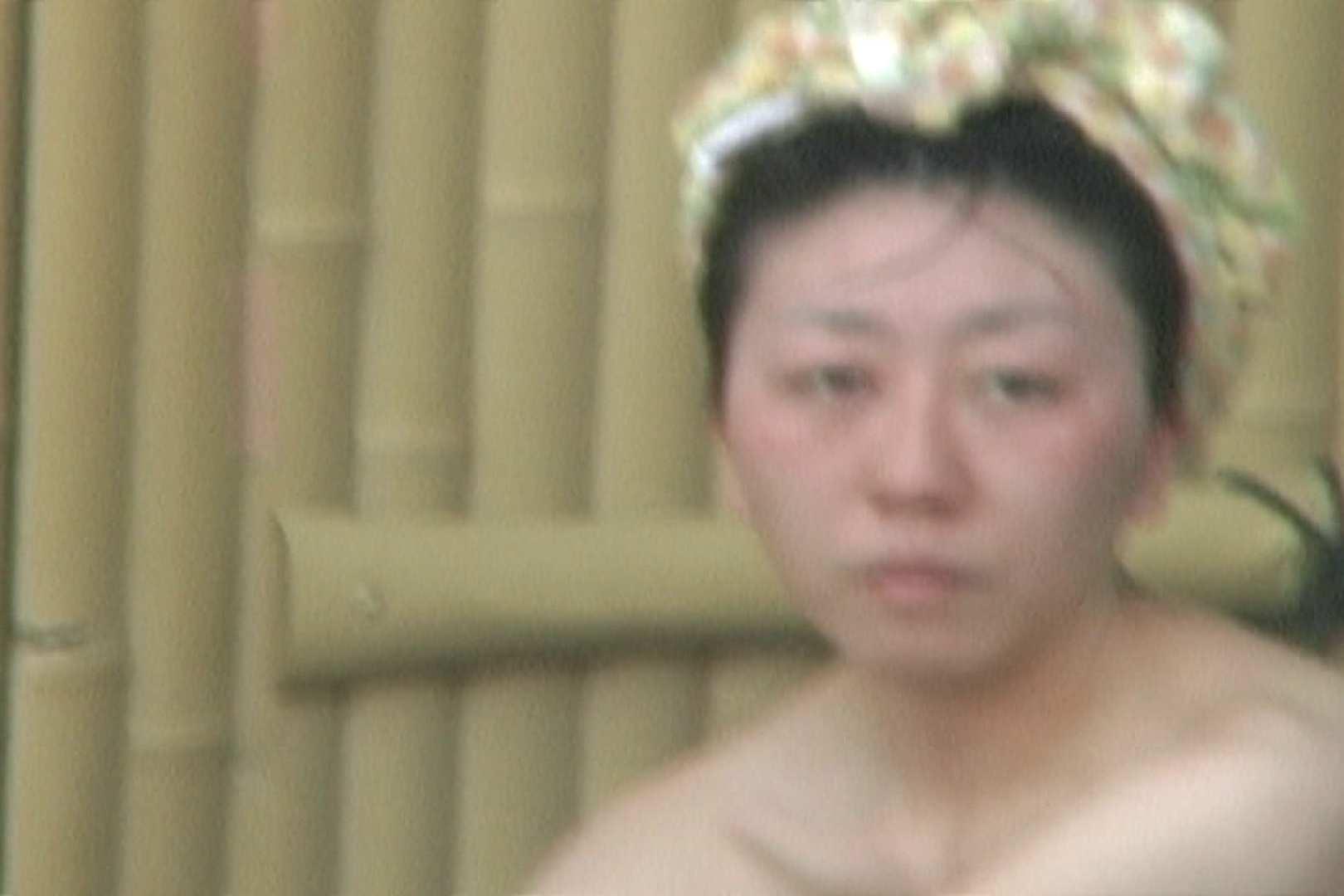 女露天風呂劇場 Vol.37 OLのボディ  99PIX 82