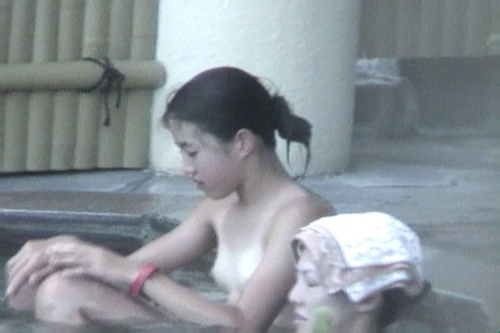 女露天風呂劇場 Vol.48 OLのボディ  54PIX 54