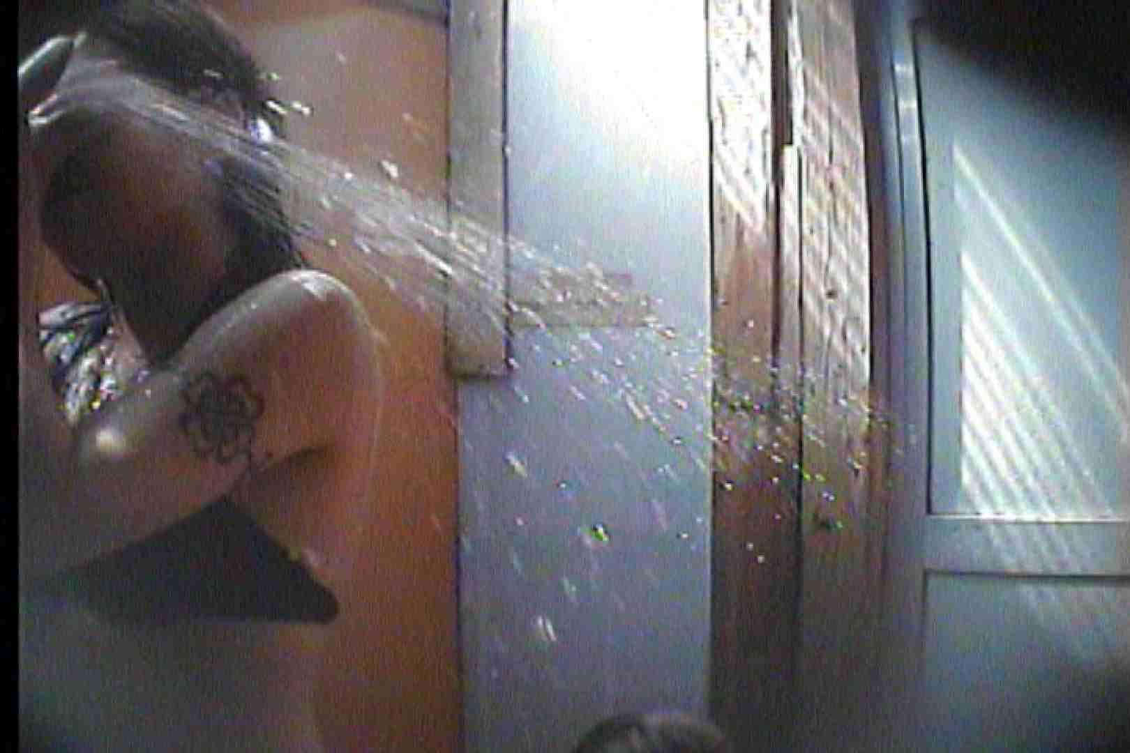 海の家の更衣室 Vol.44 シャワー 盗み撮り動画キャプチャ 74PIX 26