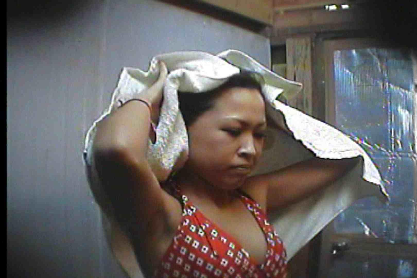 海の家の更衣室 Vol.55 シャワー エロ無料画像 80PIX 8