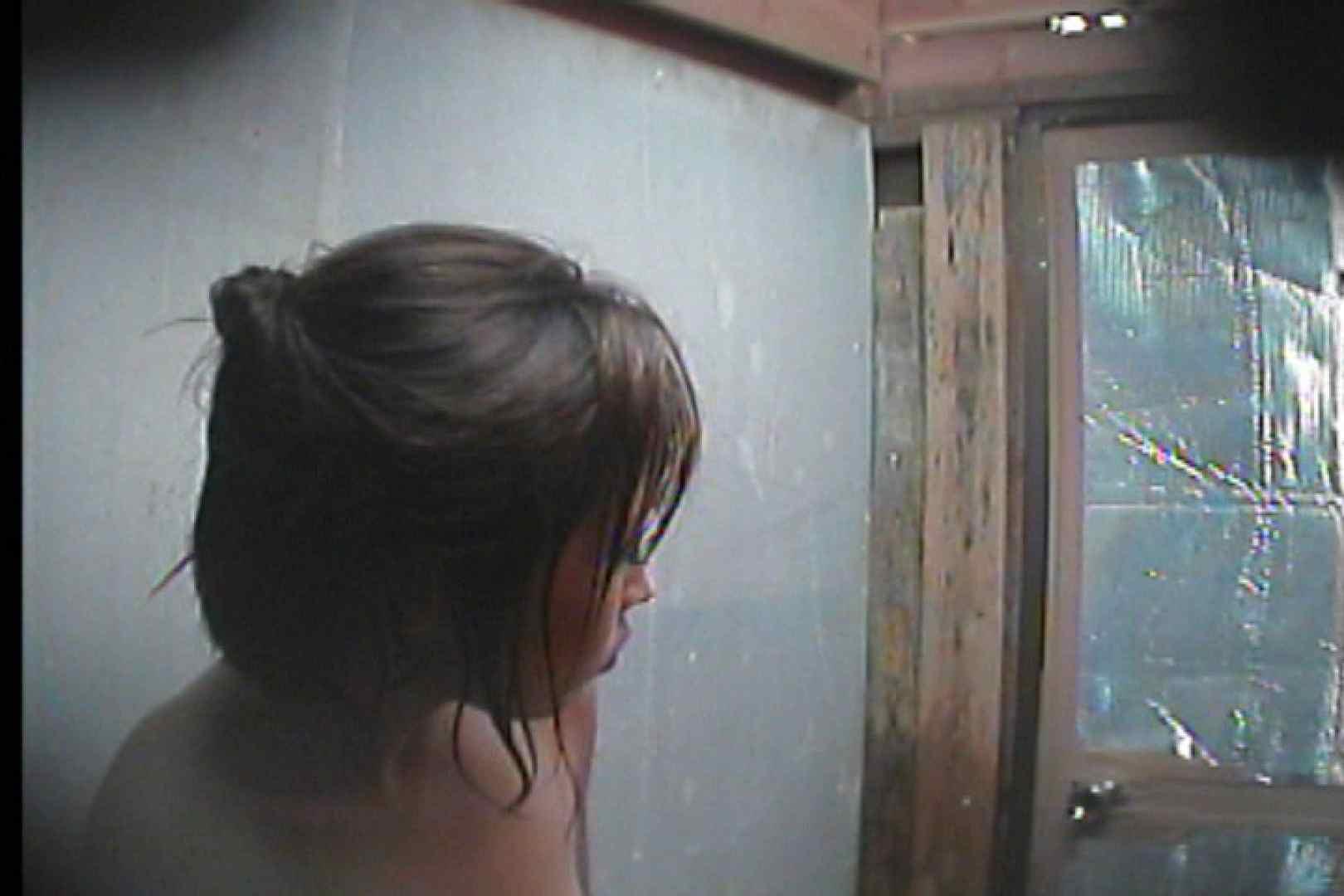 海の家の更衣室 Vol.55 シャワー エロ無料画像 80PIX 35