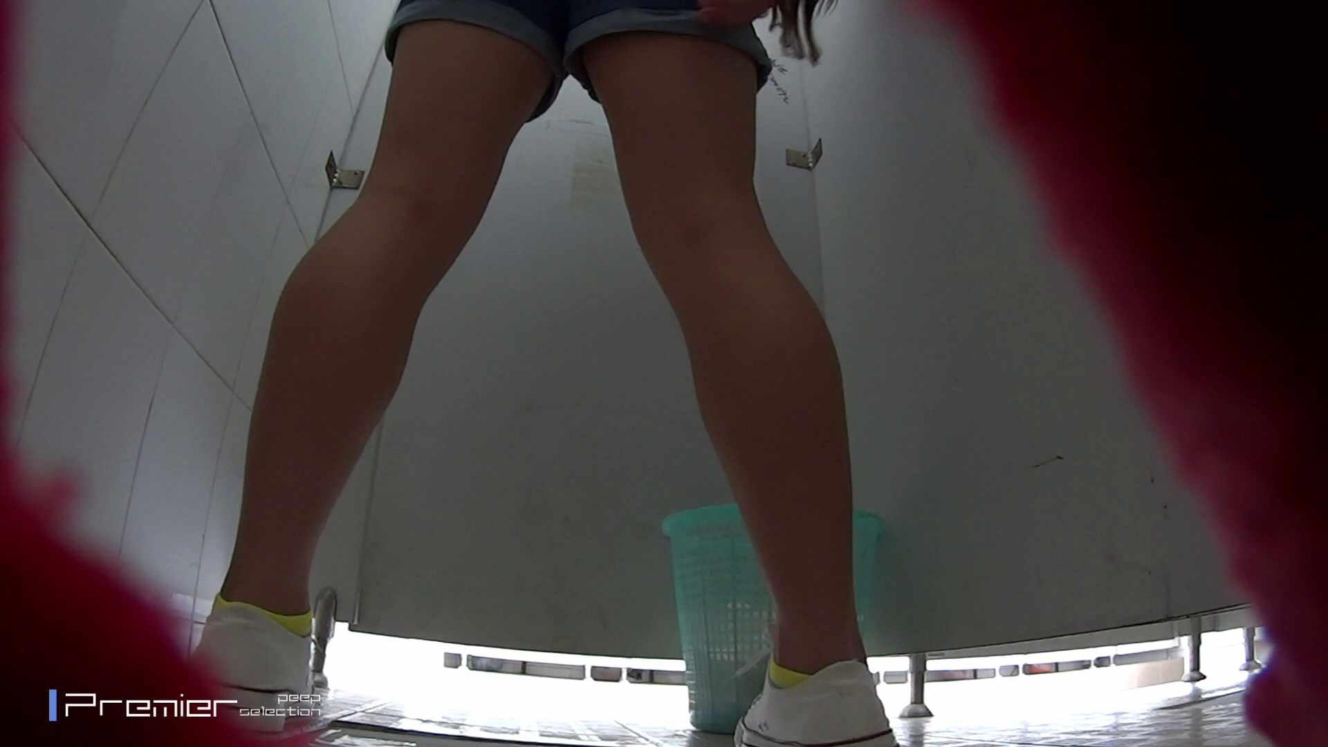 綺麗な桃尻ギャル 大学休憩時間の洗面所事情23 お姉さんのボディ ヌード画像 95PIX 93