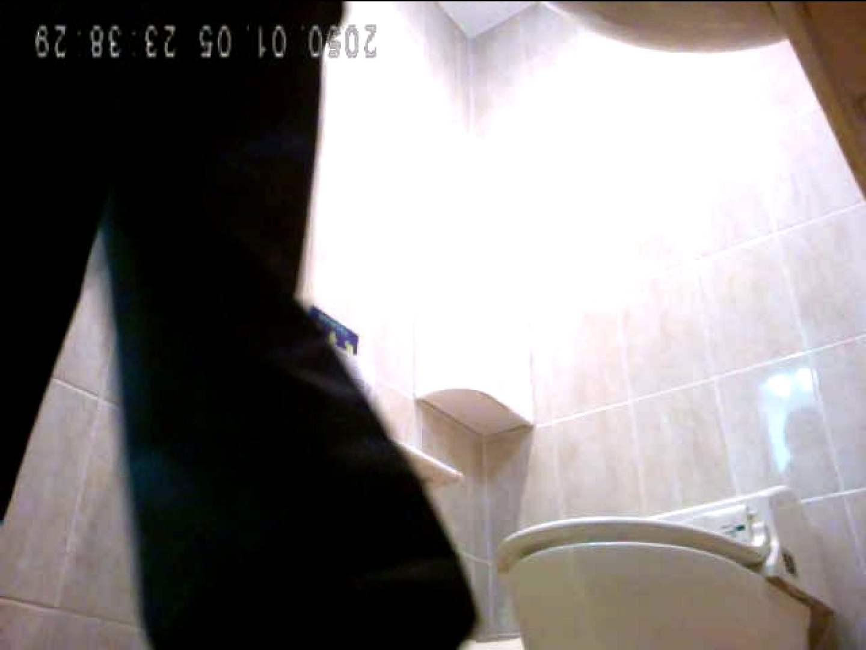コンビニ洗面所盗撮 vol.004 OLのボディ | 洗面所  101PIX 97
