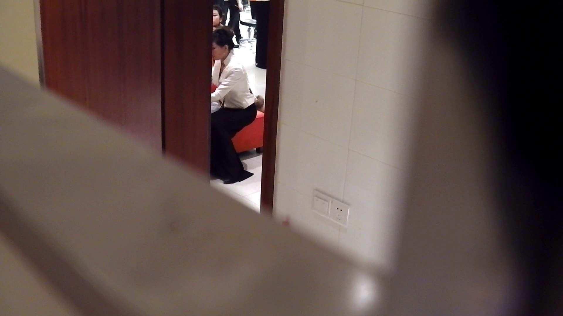 洗寿観音さんの 化粧室は四面楚歌Nol.3 洗面所 | OLのボディ  51PIX 25