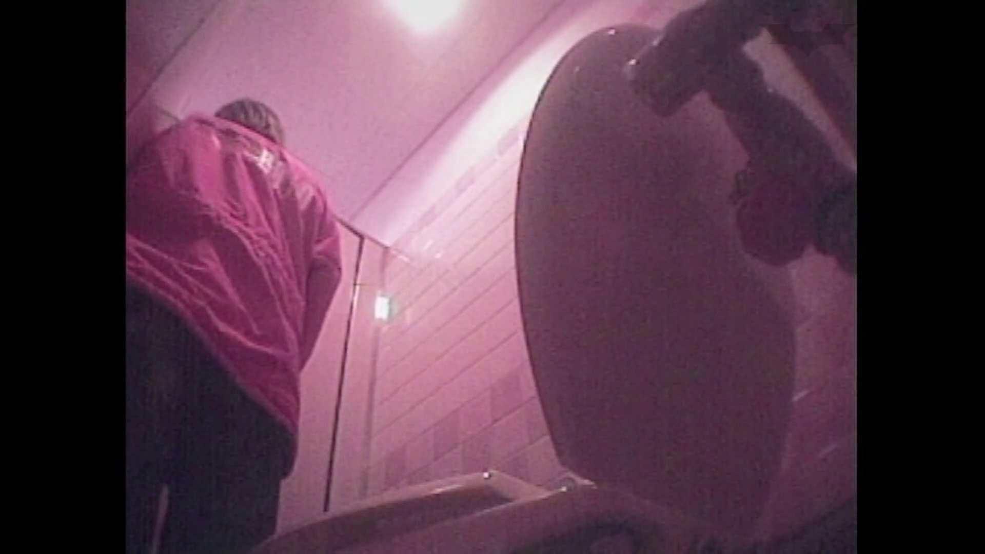 レース場での秘め事 Vol.07 ギャル盗撮映像 エロ無料画像 96PIX 54