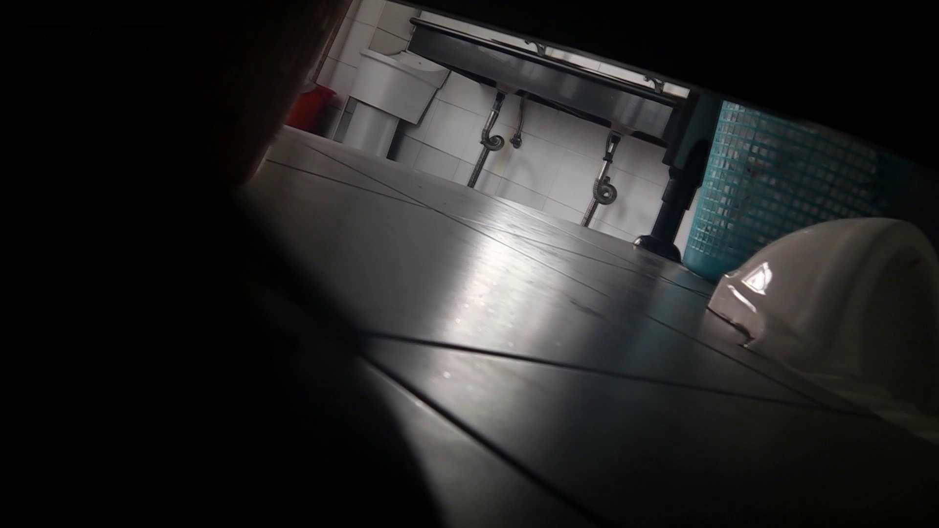 潜入!!台湾名門女学院 Vol.05 15センチ以上の濃厚糸を垂らしながら爽快 OLのボディ AV無料動画キャプチャ 82PIX 62
