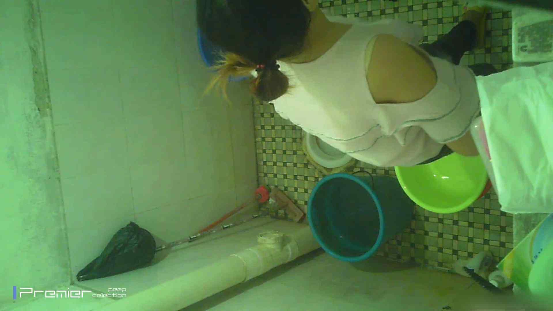 美女の痴態に密着!洗面所で入浴! 美女のボディ 盗撮動画紹介 90PIX 4