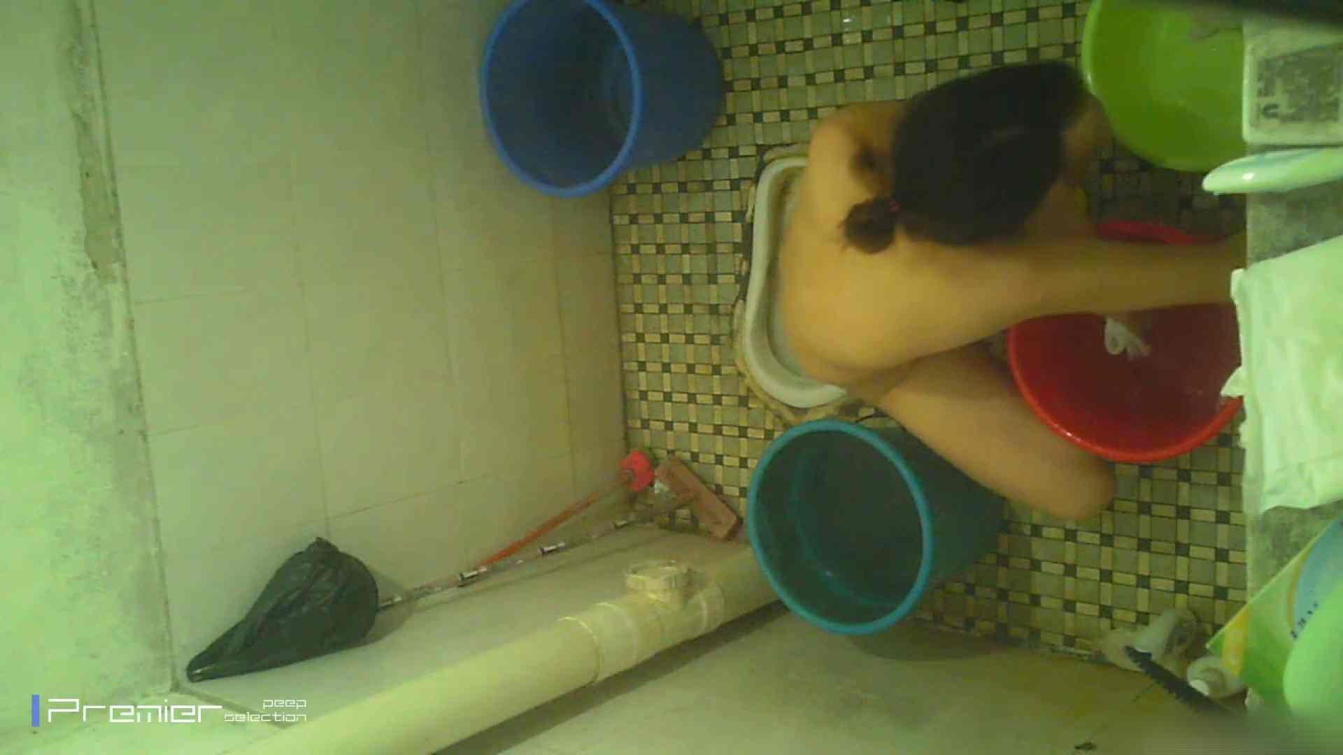 美女の痴態に密着!洗面所で入浴! 洗面所 エロ画像 90PIX 51
