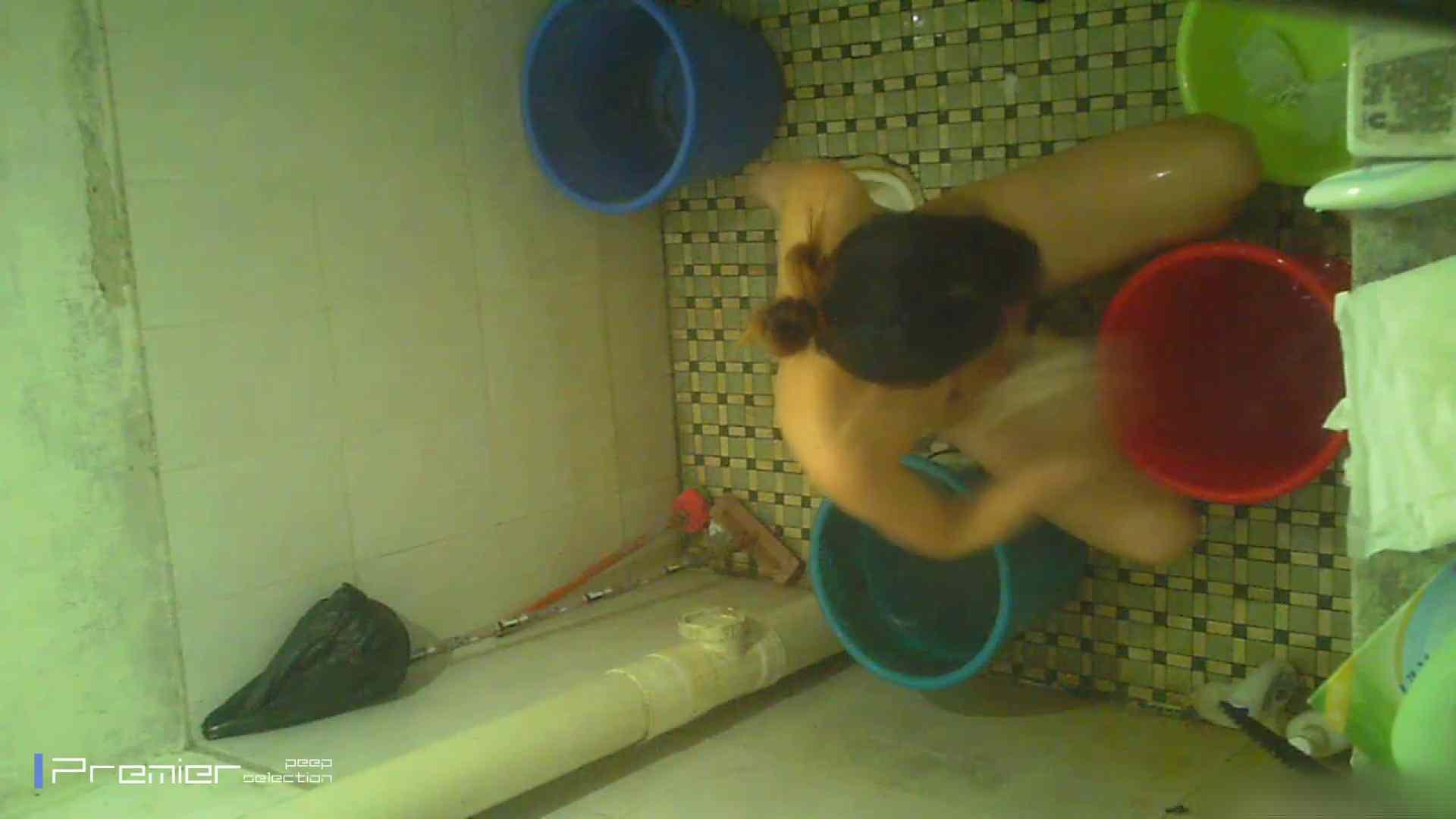 美女の痴態に密着!洗面所で入浴! 入浴中の女性 スケベ動画紹介 90PIX 69