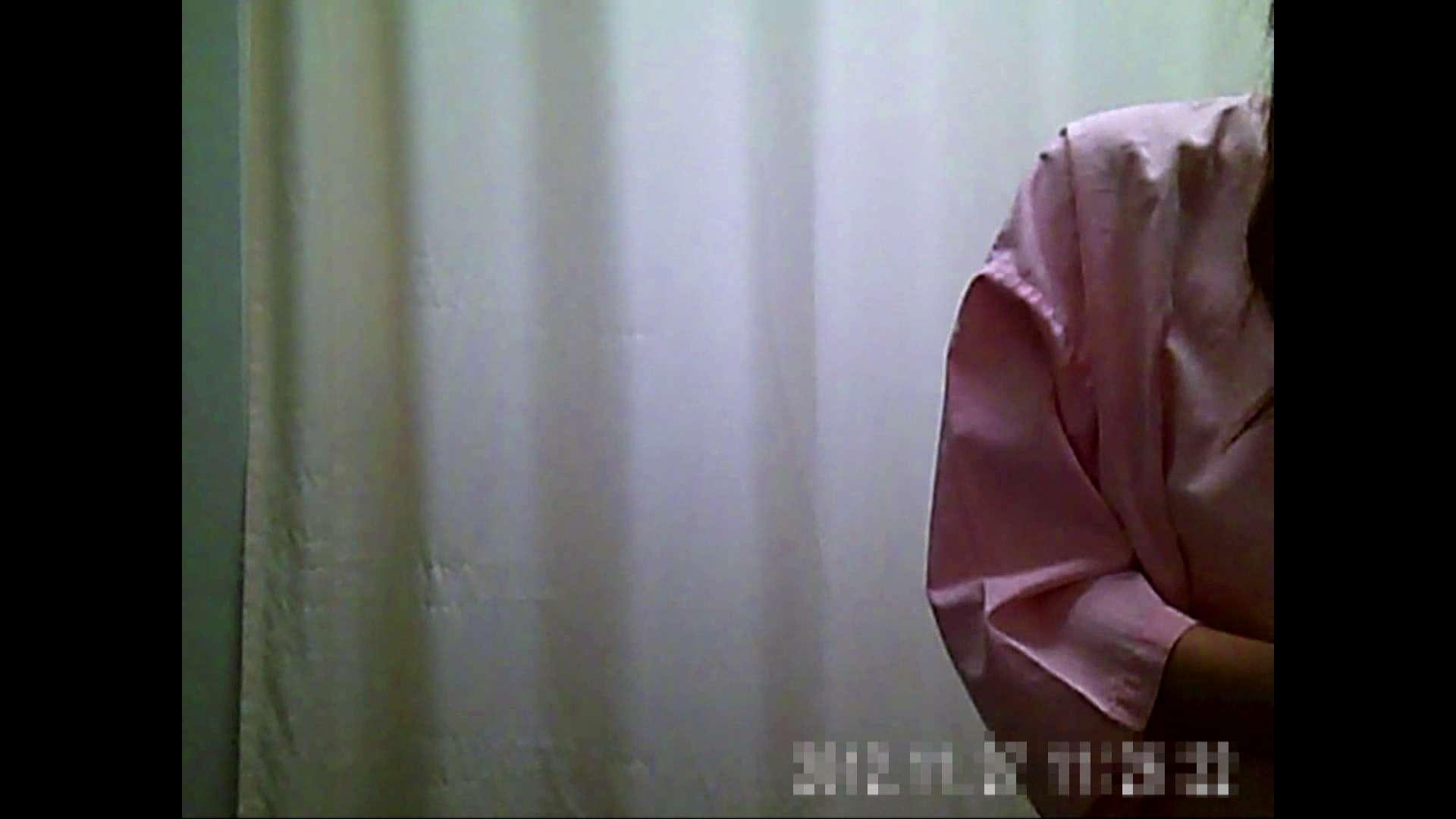 元医者による反抗 更衣室地獄絵巻 vol.136 OLのボディ   0  105PIX 79