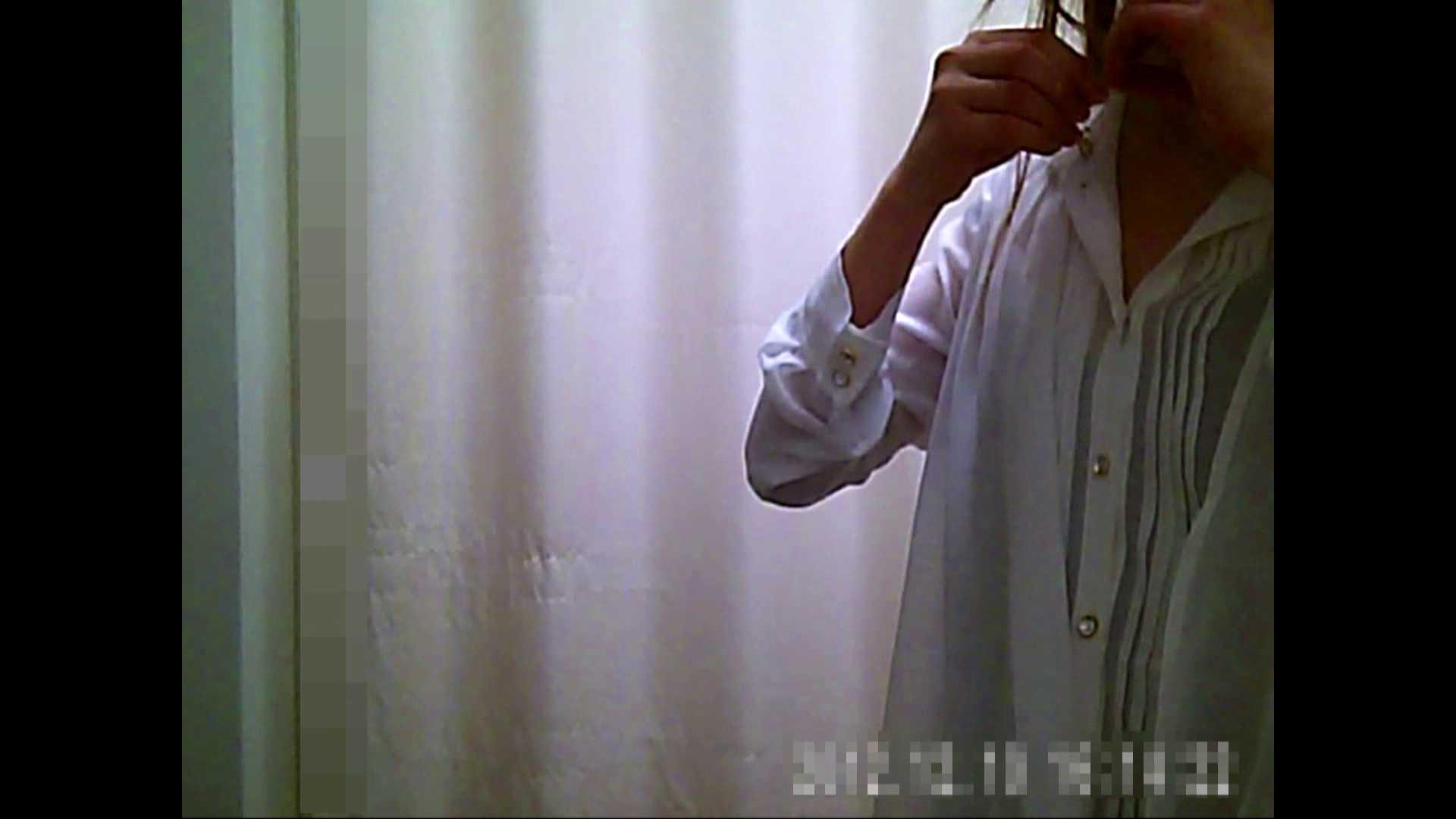 元医者による反抗 更衣室地獄絵巻 vol.124 OLのボディ   0  58PIX 55