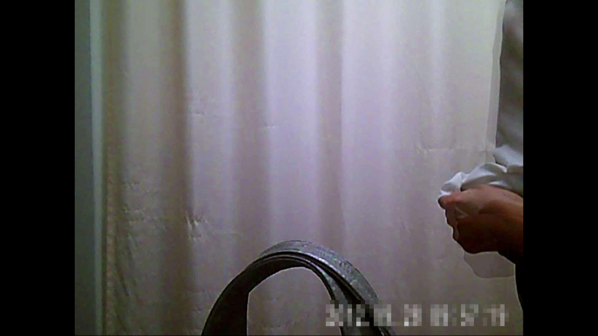 元医者による反抗 更衣室地獄絵巻 vol.075 OLのボディ  51PIX 46