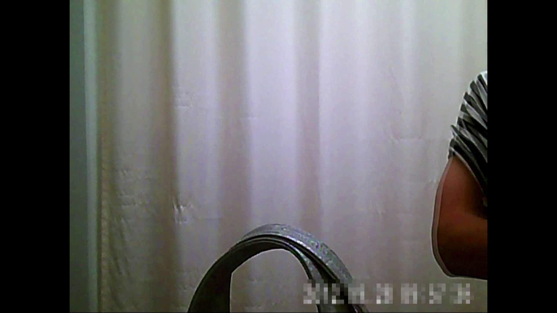 元医者による反抗 更衣室地獄絵巻 vol.075 OLのボディ   0  51PIX 49