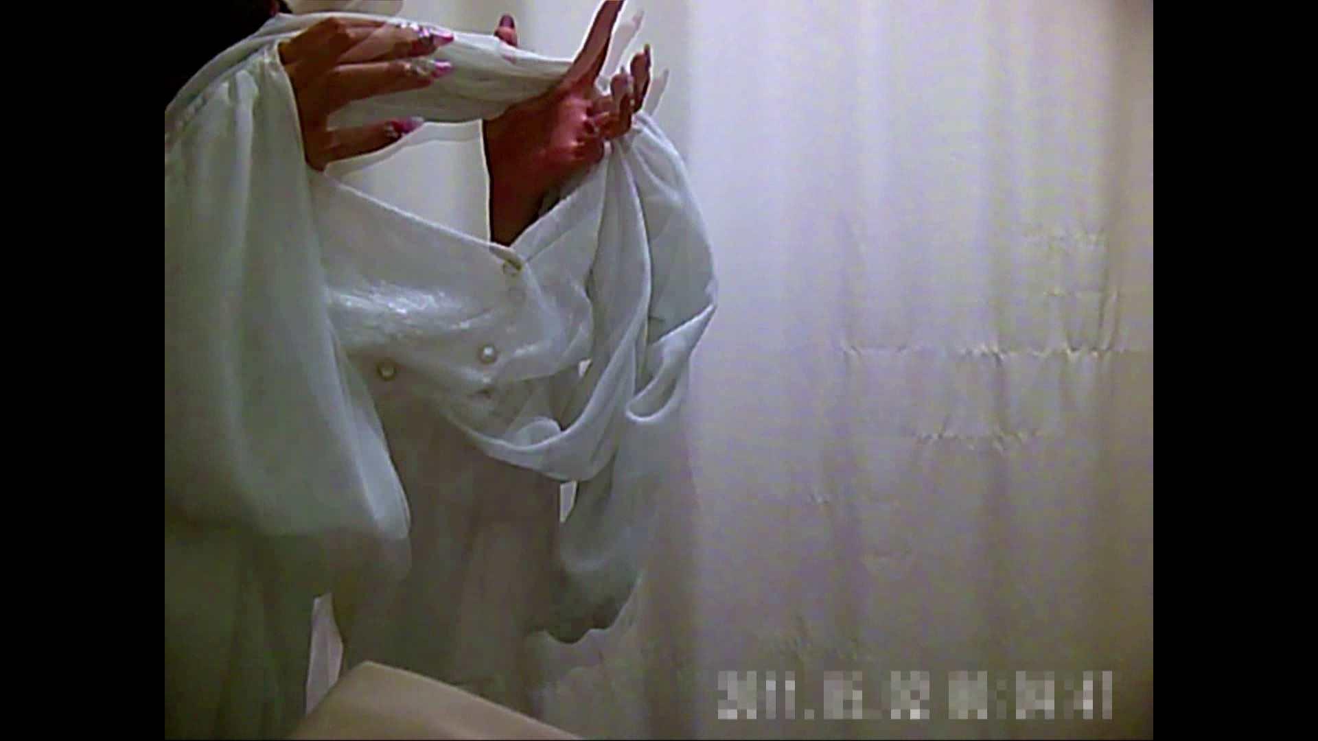 元医者による反抗 更衣室地獄絵巻 vol.003 OLのボディ   0  75PIX 49