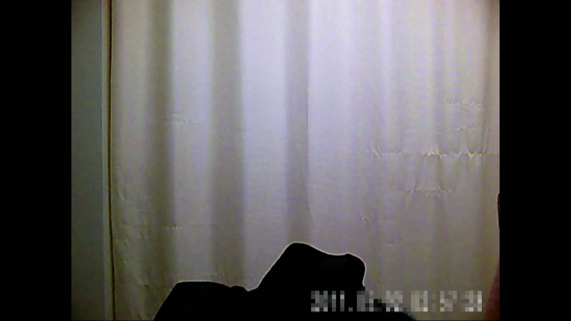 元医者による反抗 更衣室地獄絵巻 vol.003 OLのボディ  75PIX 56