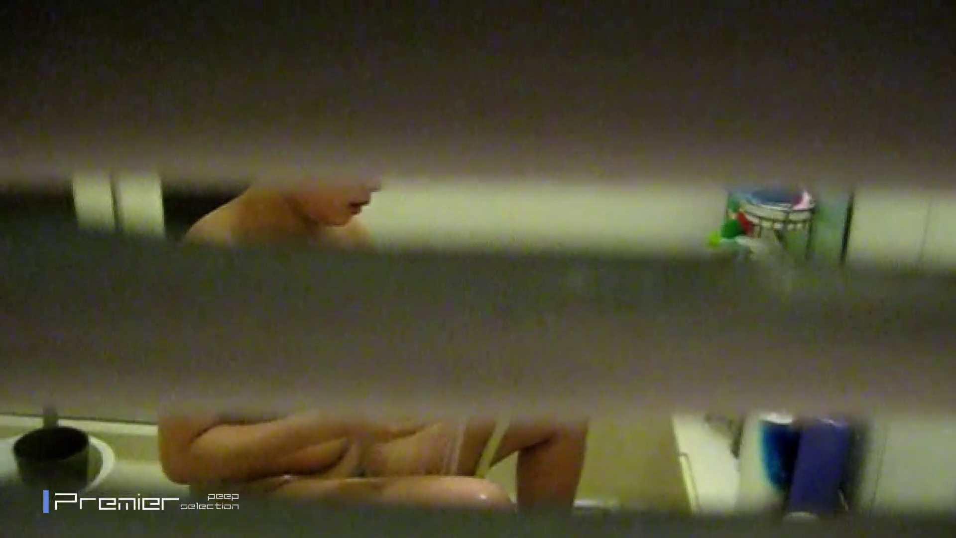 スポーツ美女の入浴 乙女の風呂場 Vol.13 乙女のボディ | OLのボディ  82PIX 64