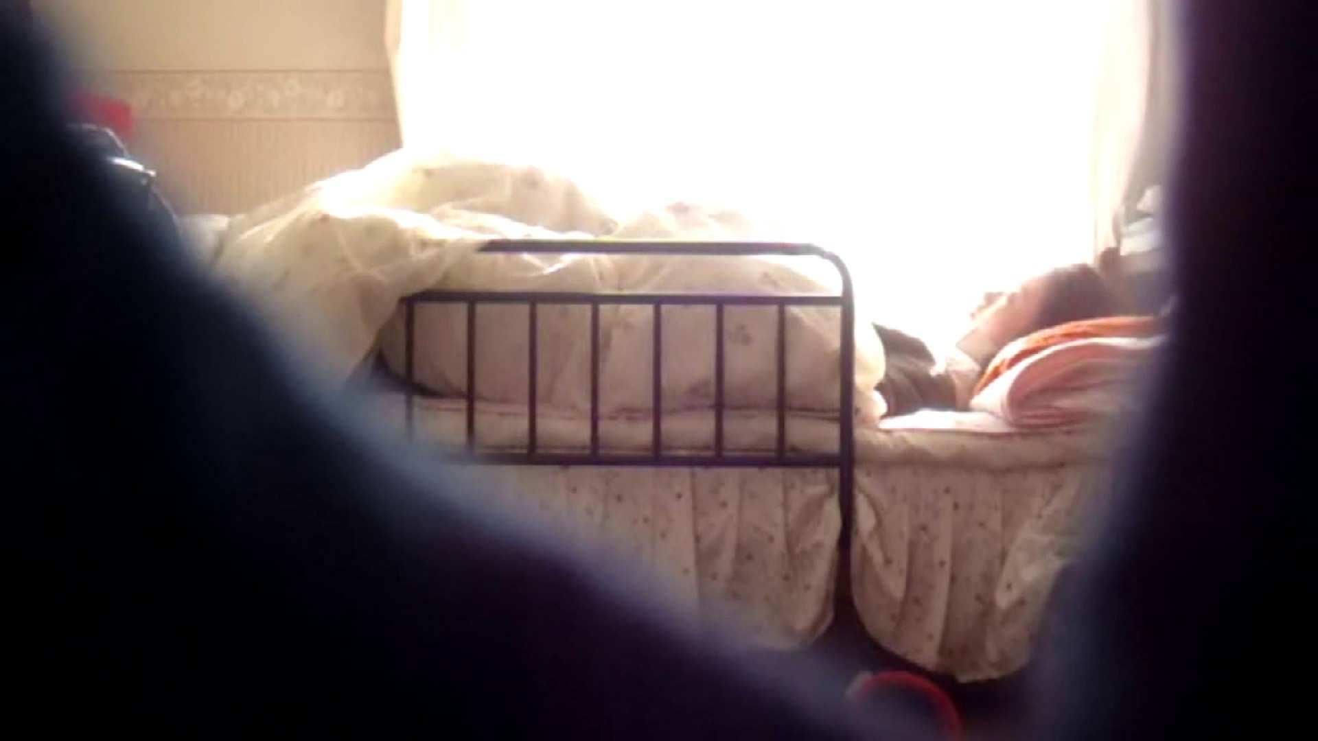 vol.4 まどかの帰宅後の部屋、ベッドで何かが始まります。 OLのボディ  56PIX 16