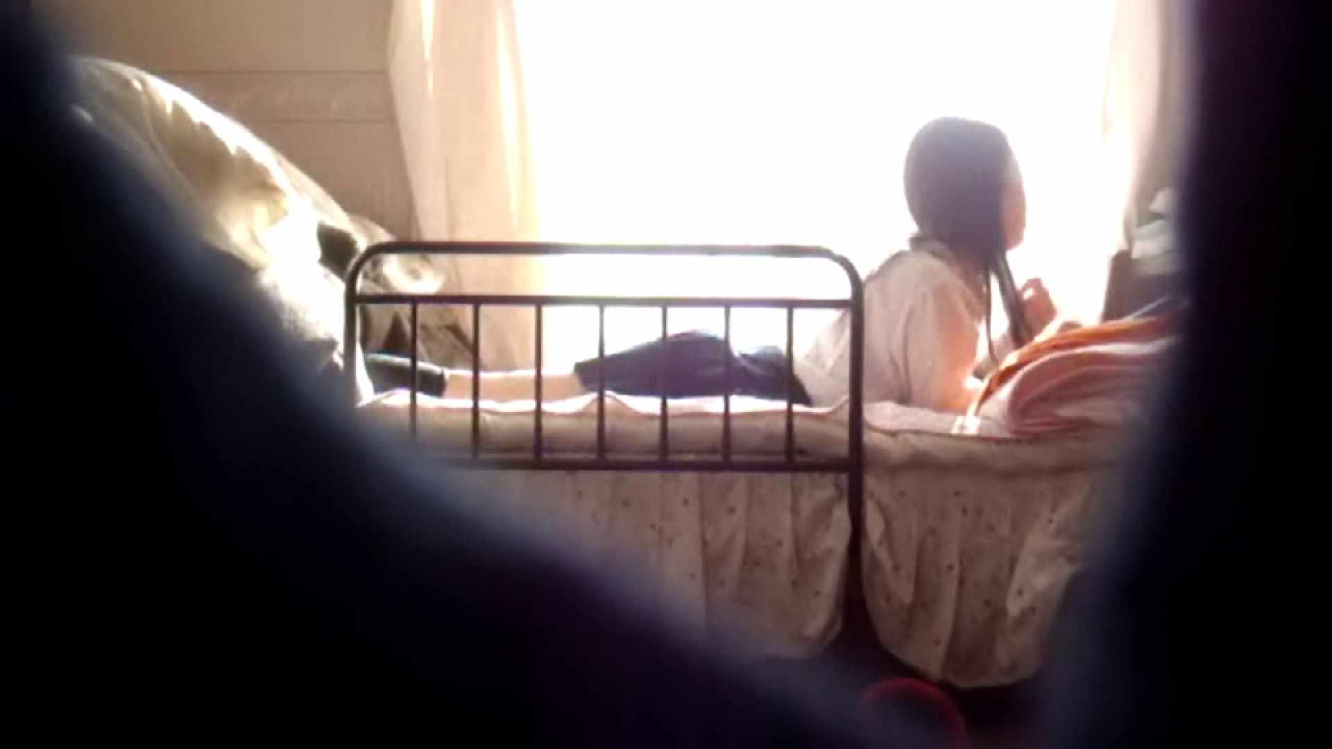 vol.4 まどかの帰宅後の部屋、ベッドで何かが始まります。 OLのボディ | 0  56PIX 17