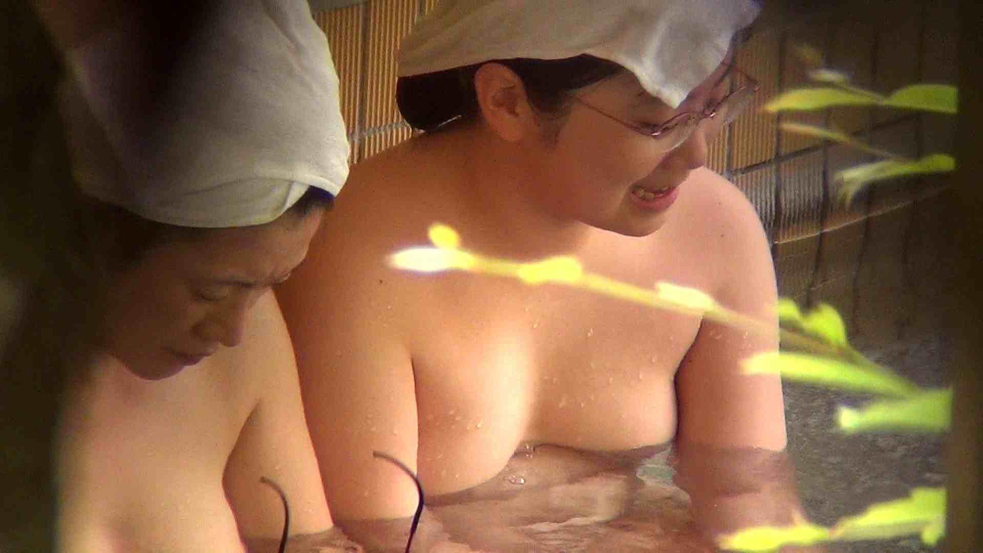 Vol.52 ポチャと細身の色白眼鏡shimai!! 美女のボディ   ポチャ  65PIX 36