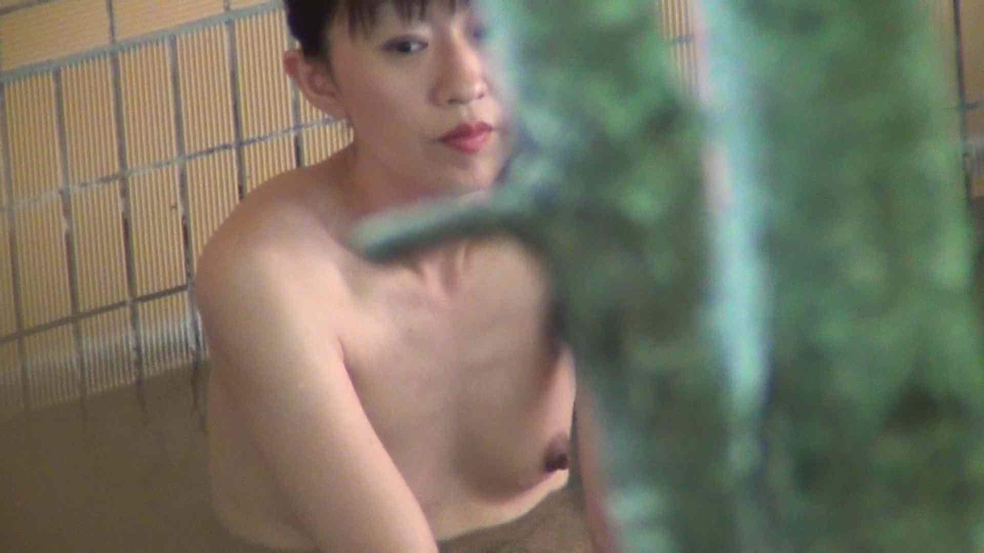 Vol.76 吸われ続けた乳首に年齢を感じますが、引き締まった身体 乳首 オメコ動画キャプチャ 94PIX 67