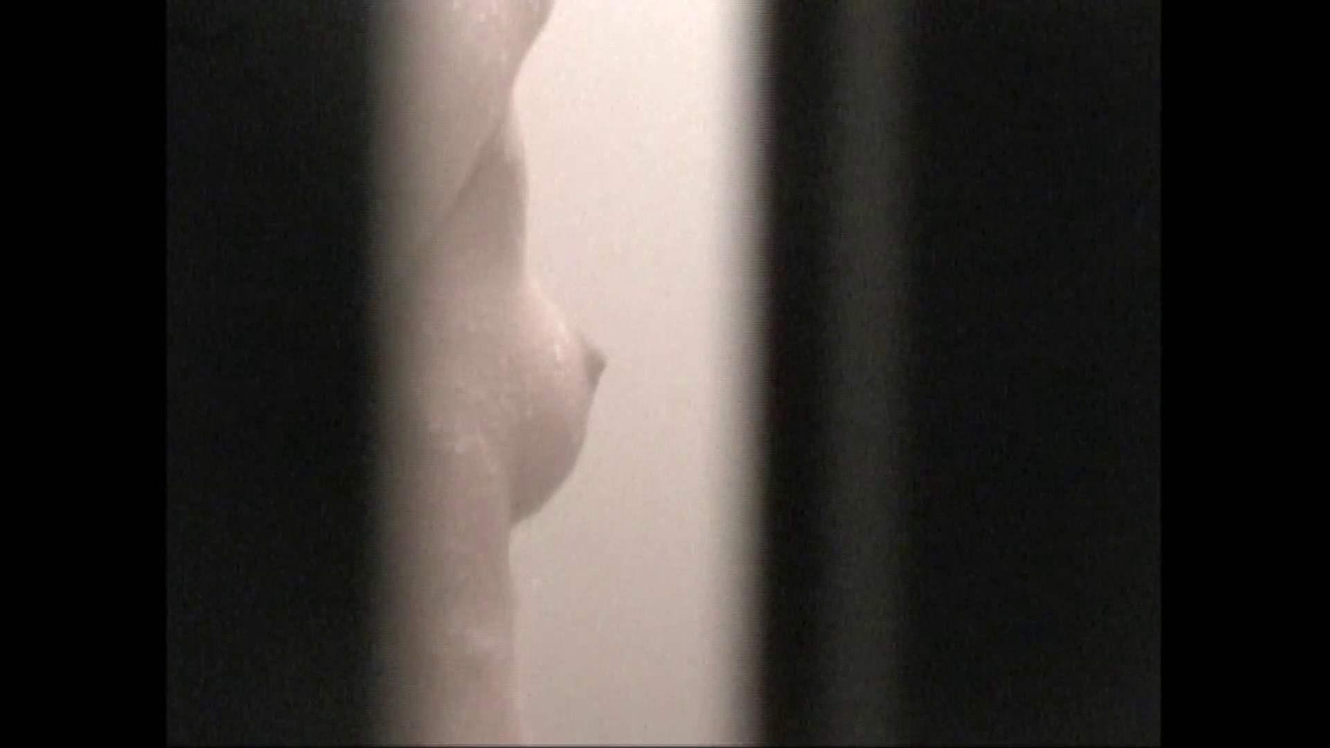 隙間からノゾク風呂 Vol.29 股をグイッとひらいて・・・。 入浴中の女性  69PIX 54