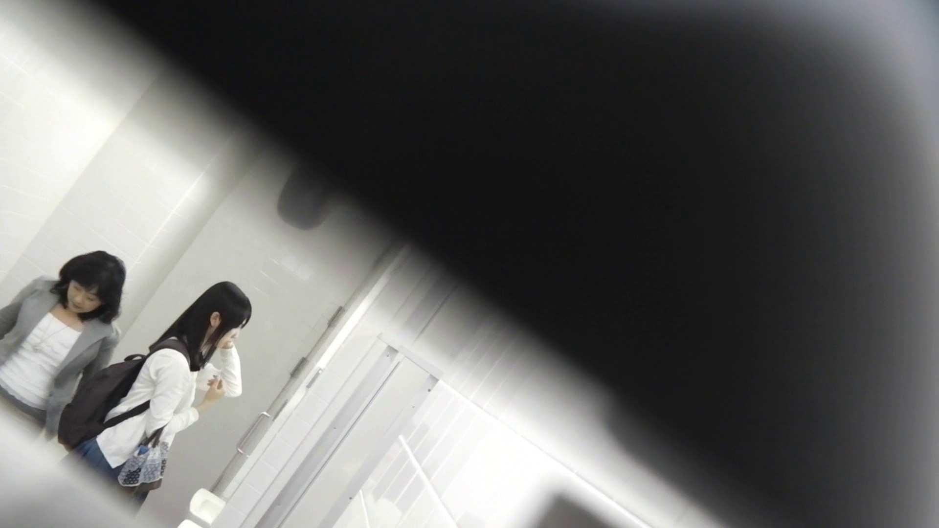 お銀さんの「洗面所突入レポート!!」Nol.22 美人   洗面所  90PIX 82