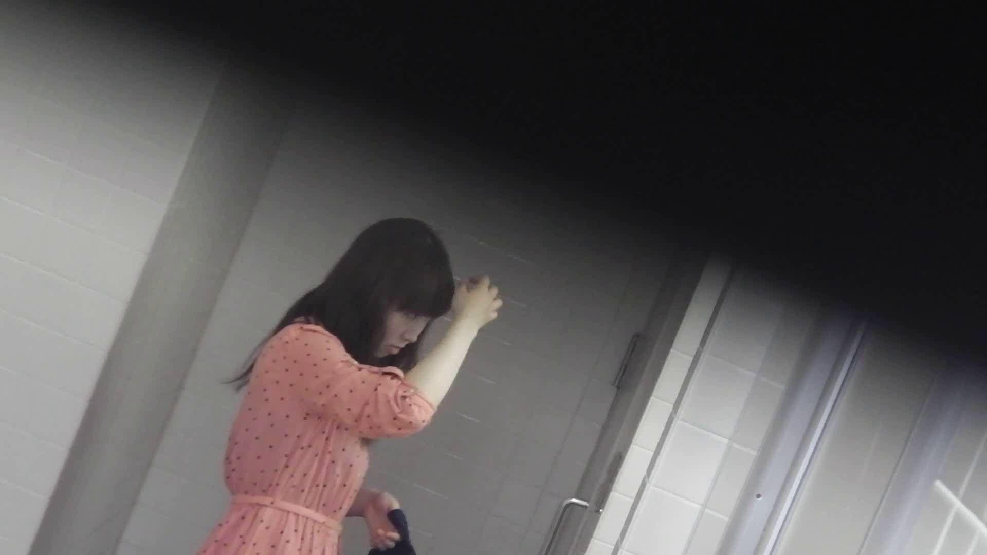 お銀さんの「洗面所突入レポート!!」 vol.28小島陽菜似のピンクオシャレさん 美人 | OLのボディ  88PIX 10