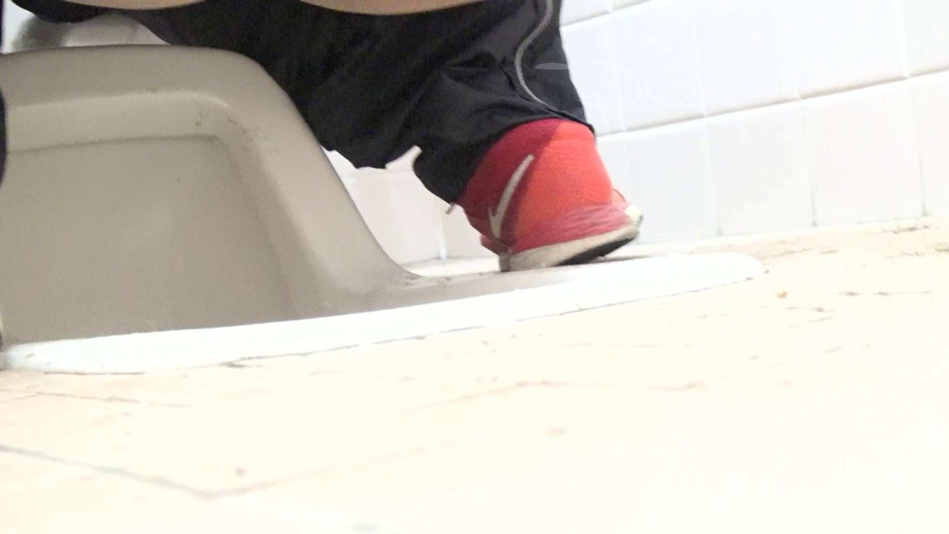 至高洗面所盗撮 28 至高体育館 局部好きの為の下方撮り特集!!06 洗面所 | 体育館  56PIX 43