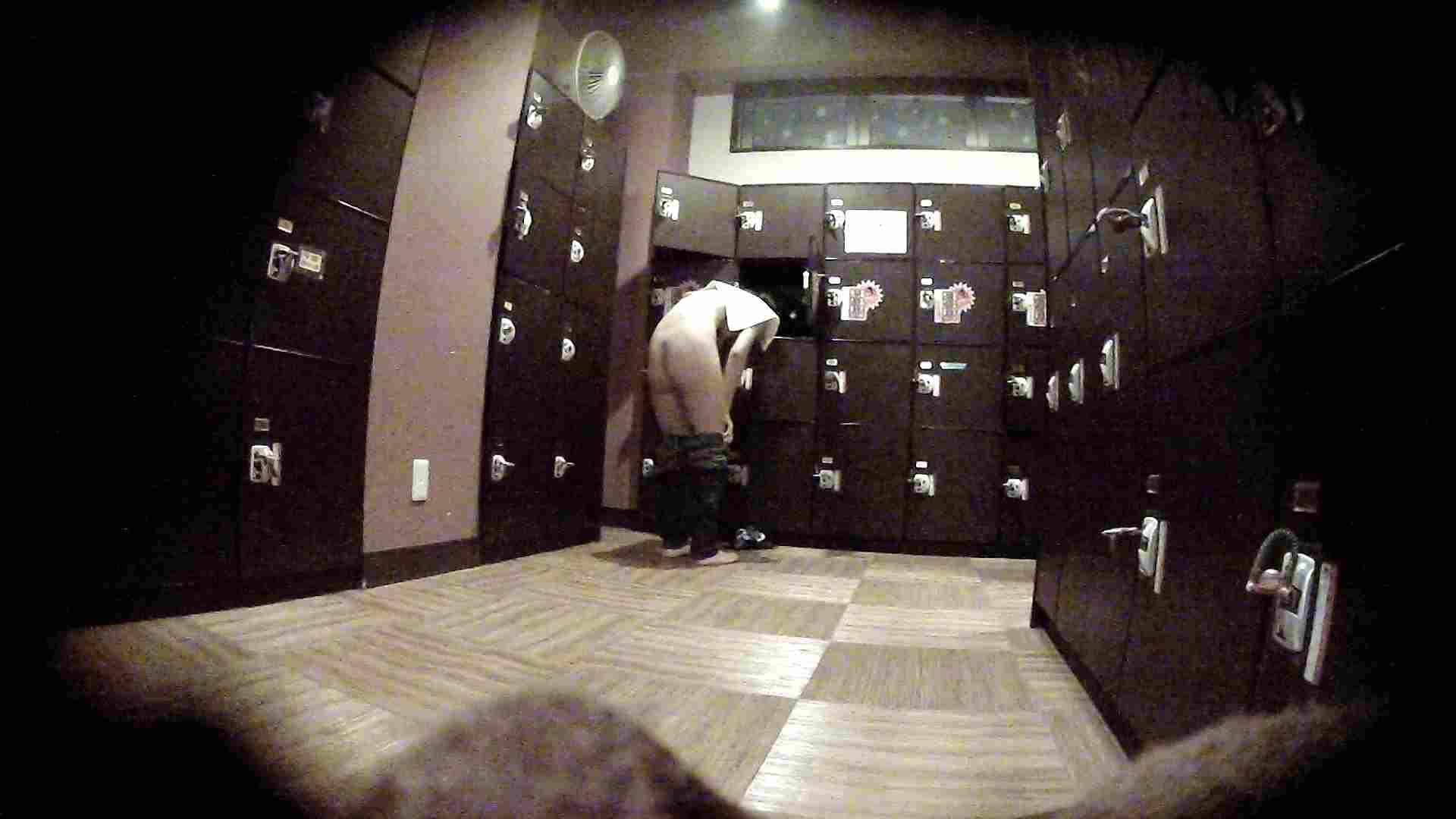 オムニバスVol.5 脱衣所のイケイケギャルがお勧め 潜入 濡れ場動画紹介 97PIX 32