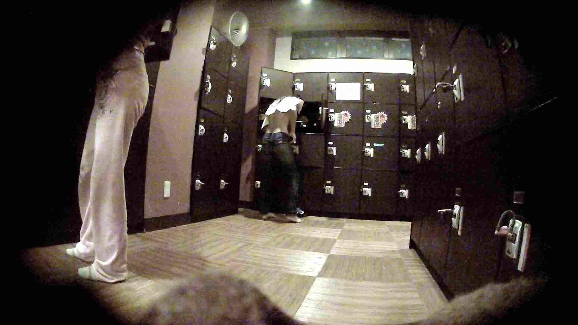 オムニバスVol.5 脱衣所のイケイケギャルがお勧め ギャル盗撮映像  97PIX 35