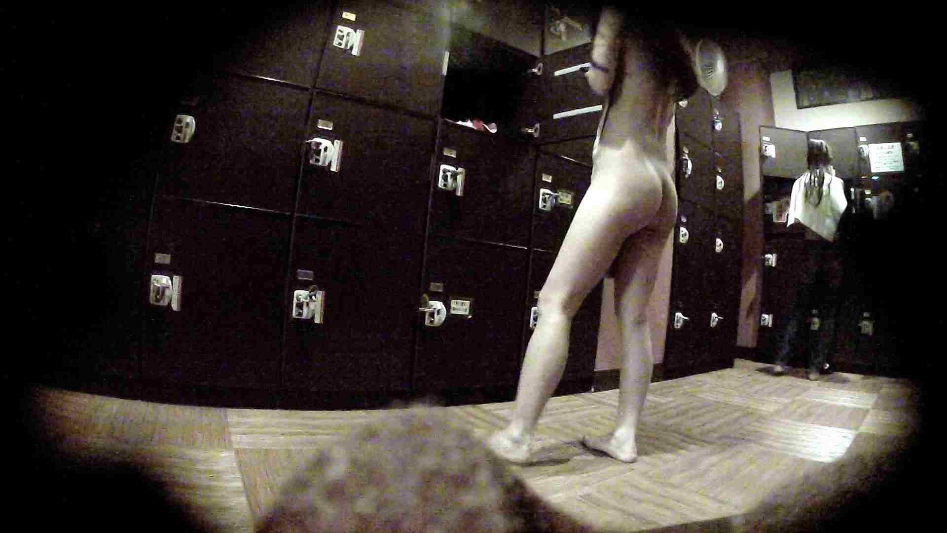 オムニバスVol.5 脱衣所のイケイケギャルがお勧め 潜入 濡れ場動画紹介 97PIX 42