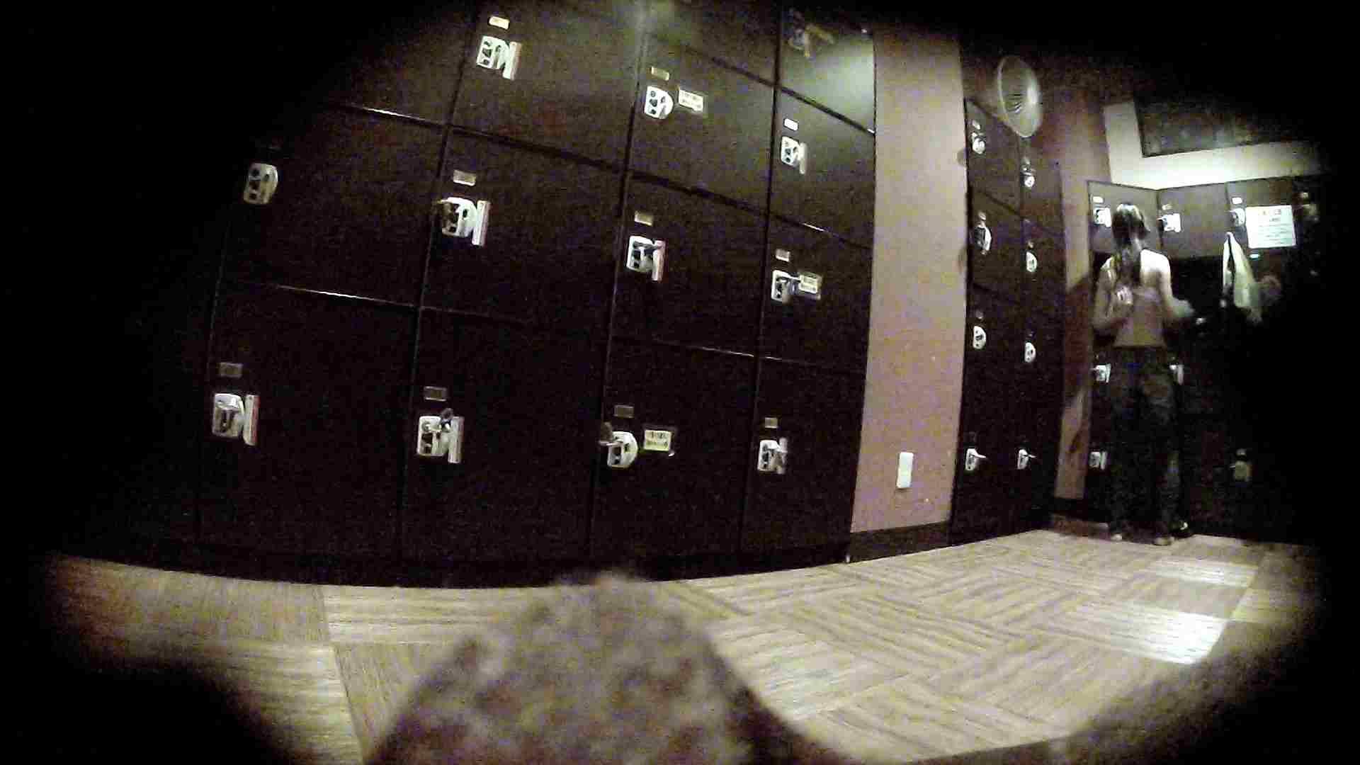 オムニバスVol.5 脱衣所のイケイケギャルがお勧め ギャル盗撮映像  97PIX 55