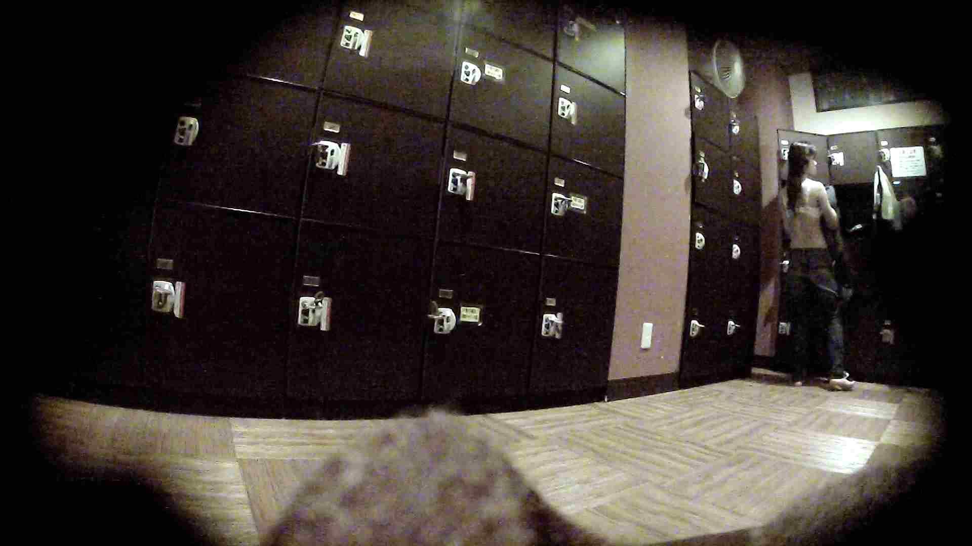 オムニバスVol.5 脱衣所のイケイケギャルがお勧め 潜入 濡れ場動画紹介 97PIX 57