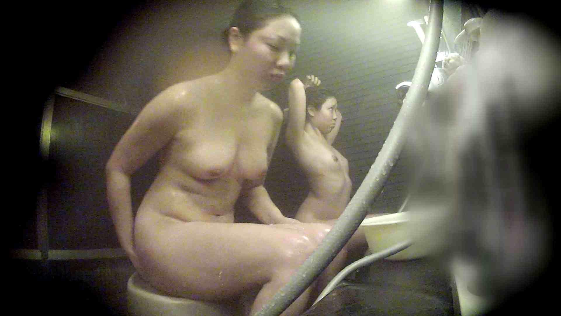 洗い場!なんとも特徴のない女性だけに申し訳ない 潜入 | 銭湯  62PIX 37