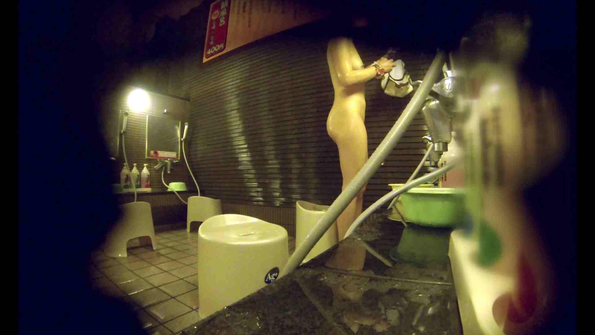 洗い場!しかし・・・綺麗な顔をしてますね。結婚したいな。 潜入   銭湯  72PIX 5