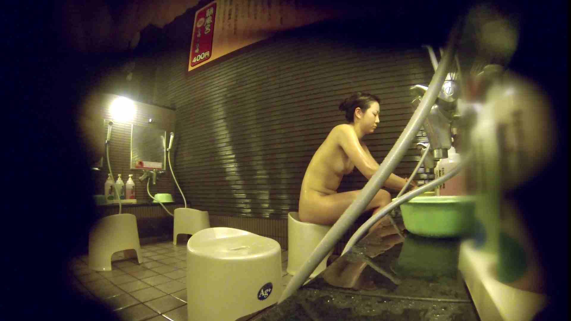 洗い場!しかし・・・綺麗な顔をしてますね。結婚したいな。 潜入   銭湯  72PIX 15