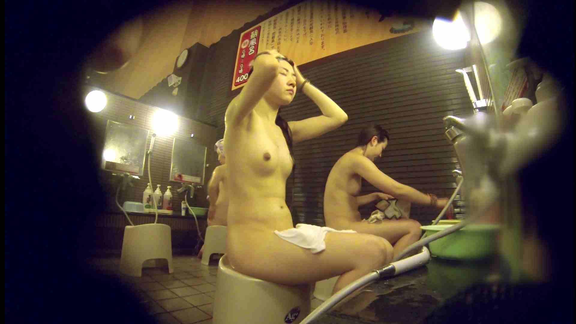 洗い場!しかし・・・綺麗な顔をしてますね。結婚したいな。 潜入  72PIX 26