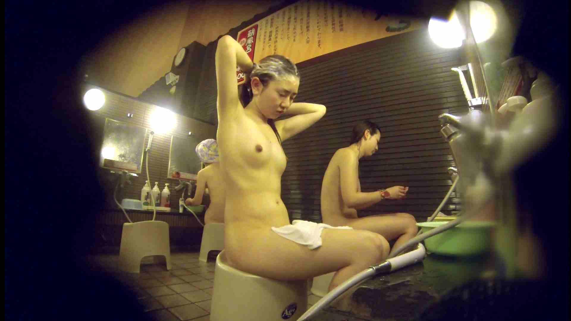 洗い場!しかし・・・綺麗な顔をしてますね。結婚したいな。 潜入   銭湯  72PIX 33