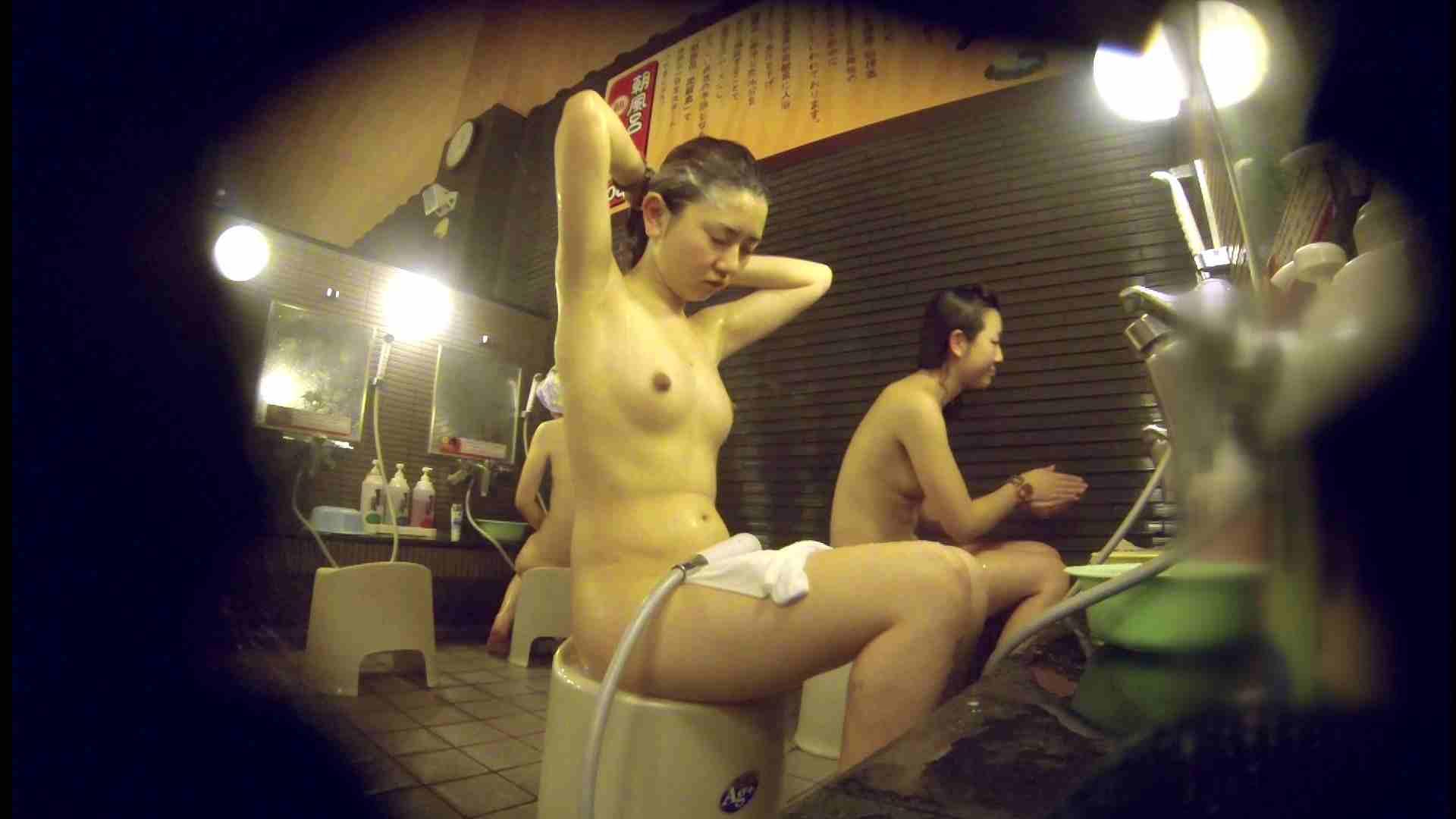 洗い場!しかし・・・綺麗な顔をしてますね。結婚したいな。 潜入   銭湯  72PIX 39
