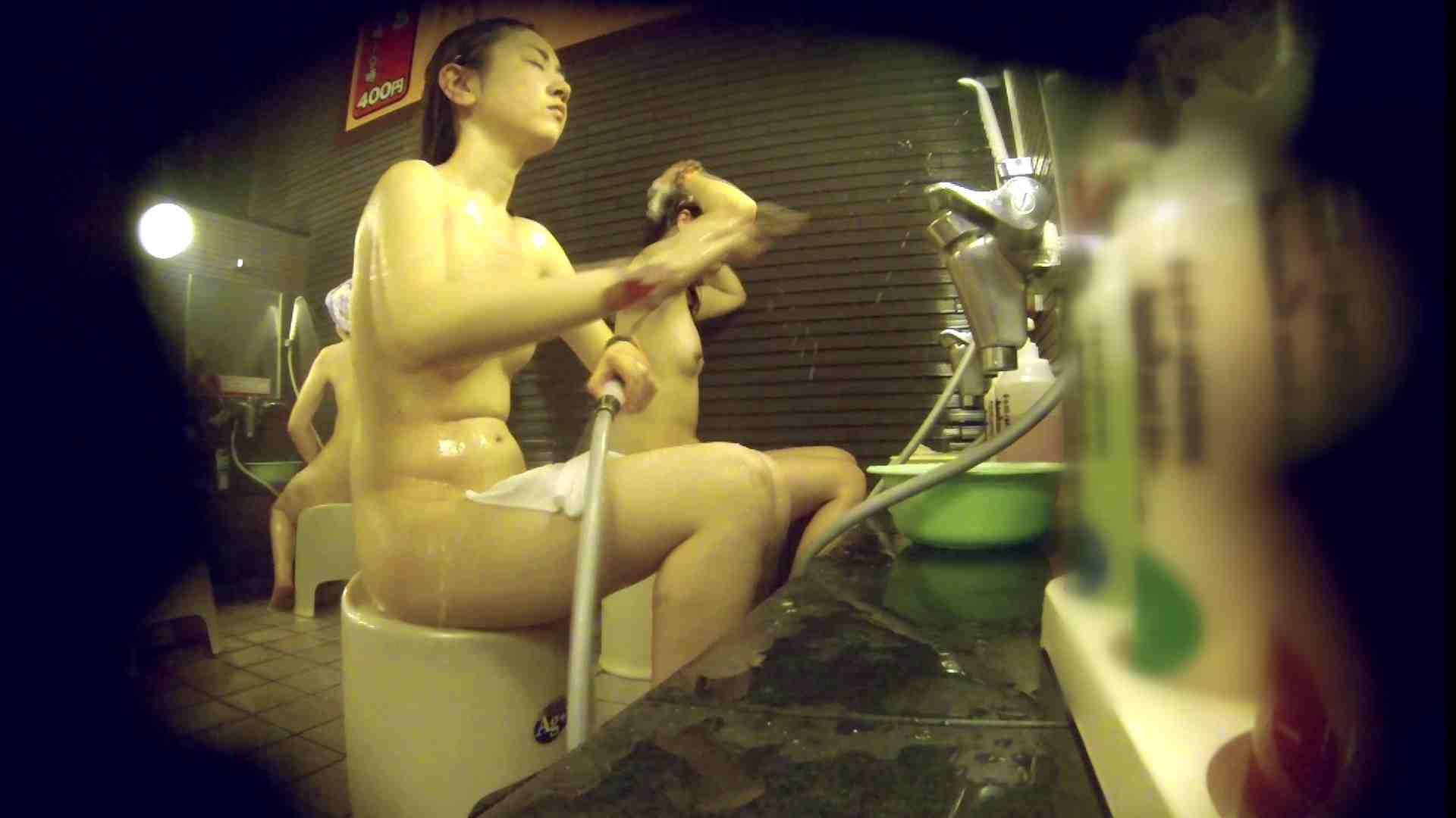 洗い場!しかし・・・綺麗な顔をしてますね。結婚したいな。 潜入   銭湯  72PIX 43