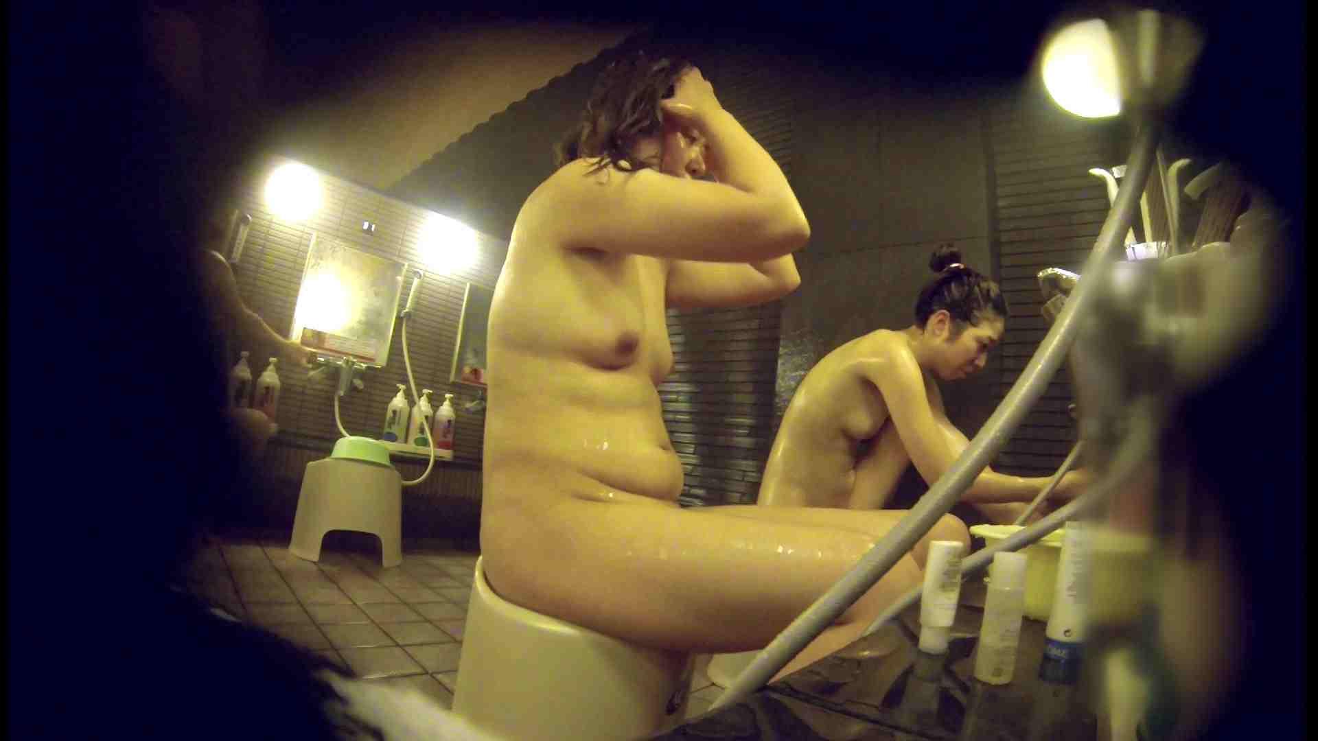 洗い場!んーーー残念なボディです。痩せれば抱けるかも? 銭湯 | 潜入  74PIX 63