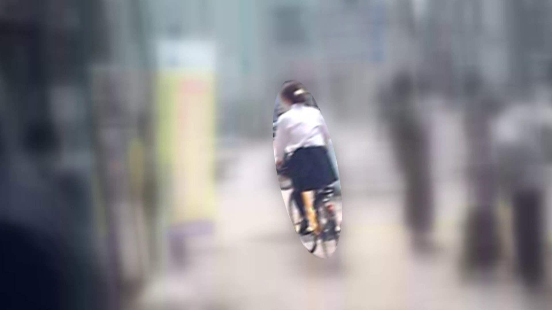 自転車パンチラ Vol.05 パンチラ | ムチムチおしり  98PIX 1