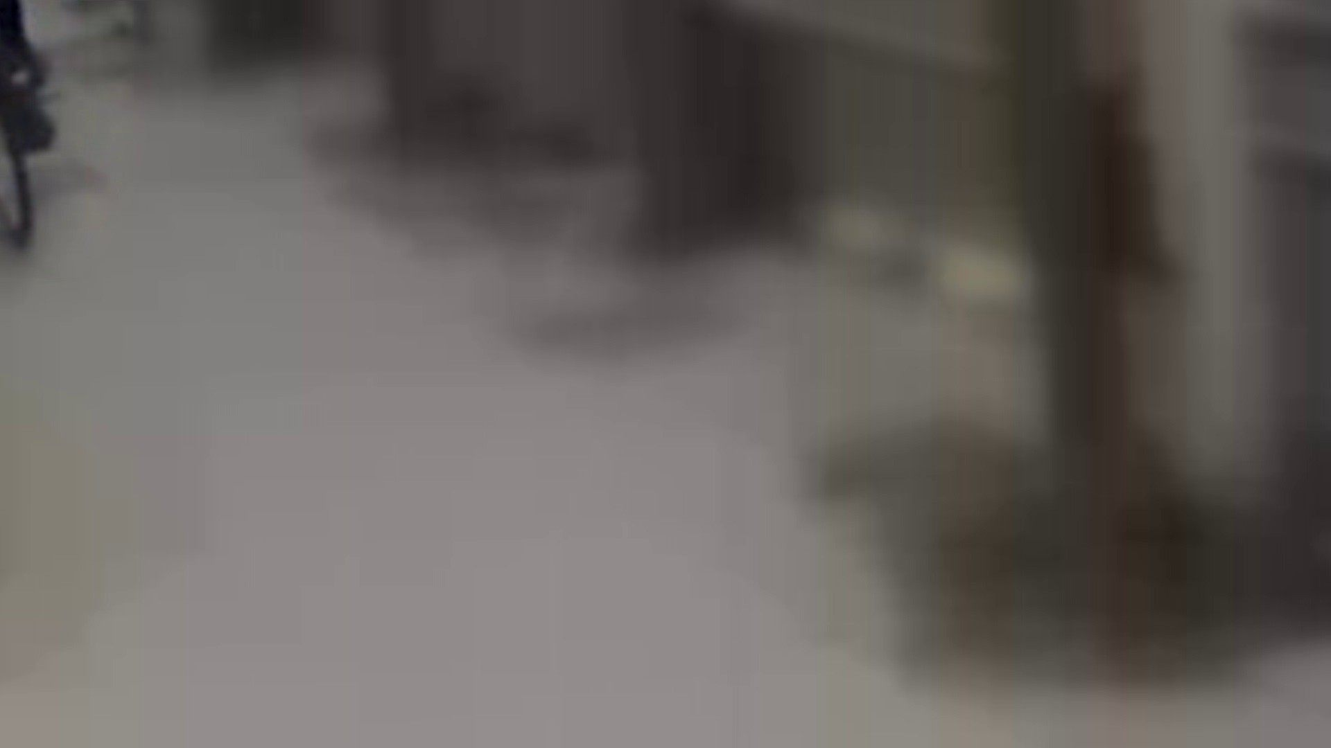 自転車パンチラ Vol.05 チラ見せ 濡れ場動画紹介 98PIX 15