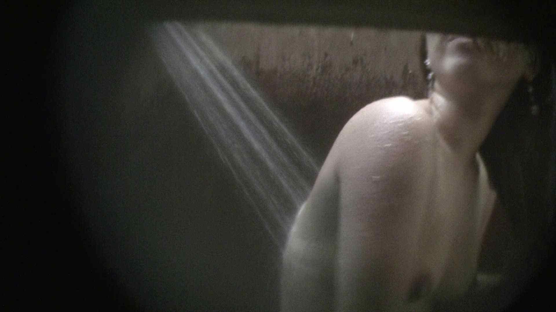 NO.03 ムッチリ色白ボディーに少し大きな乳輪 覗き特集   シャワー室  82PIX 37