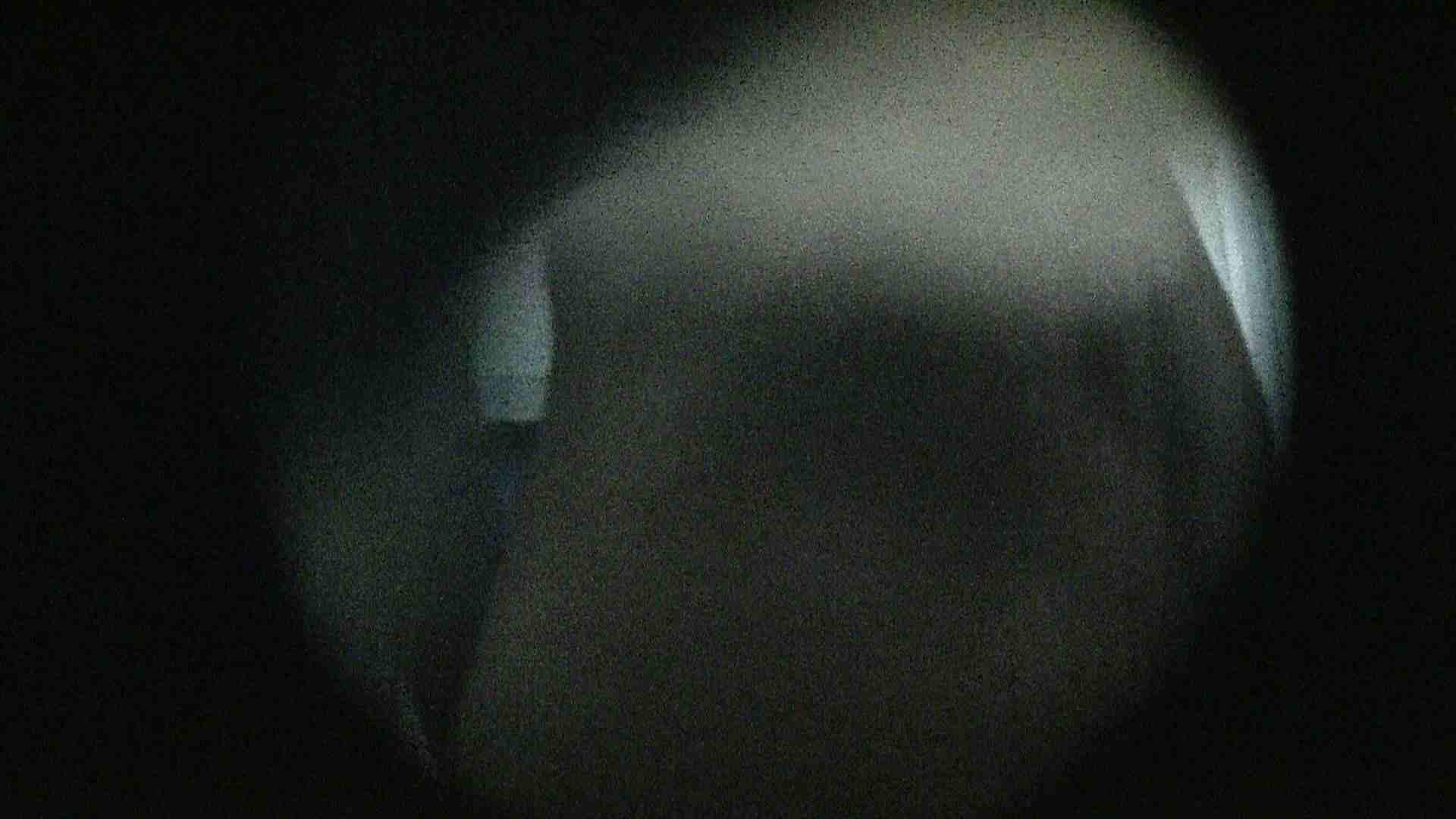 NO.13 暗いですが豪快な砂落としが好印象 シャワー | シャワー室  88PIX 76