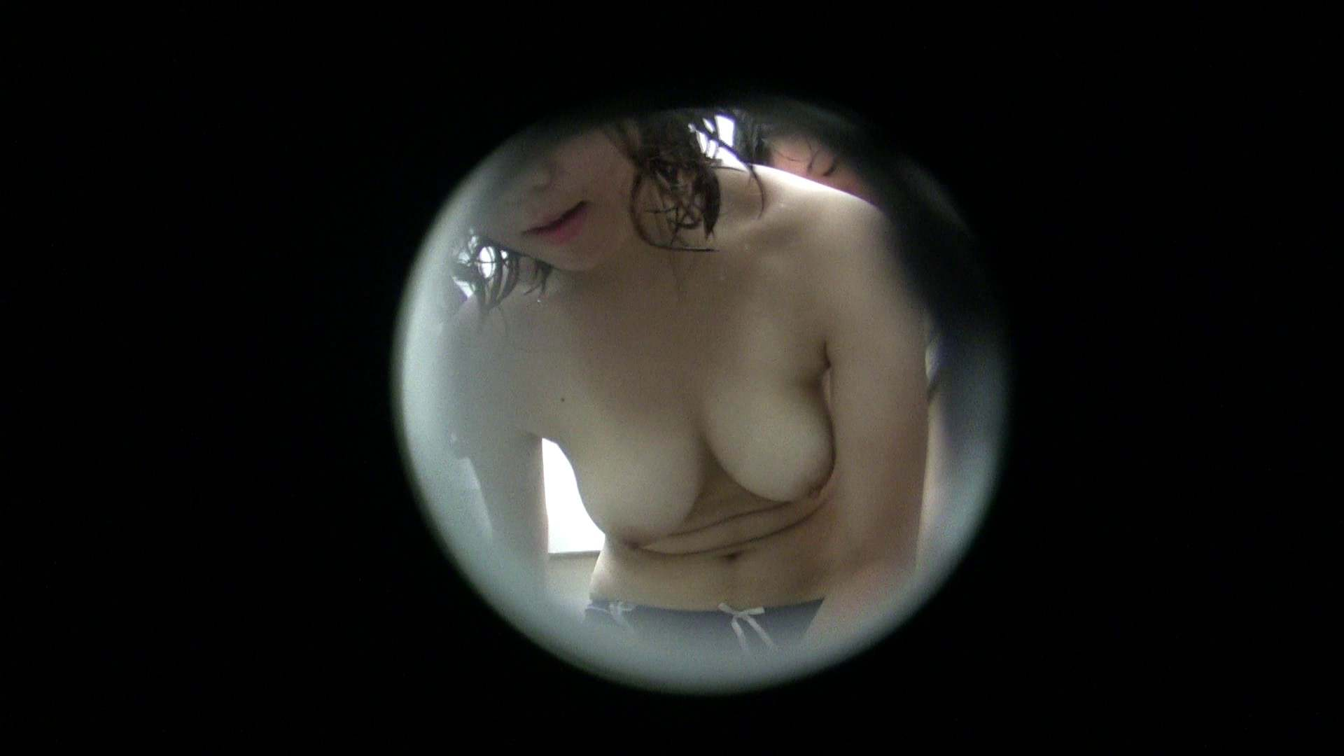 NO.23 色白巨乳嬢×2 覗き特集   シャワー  103PIX 89
