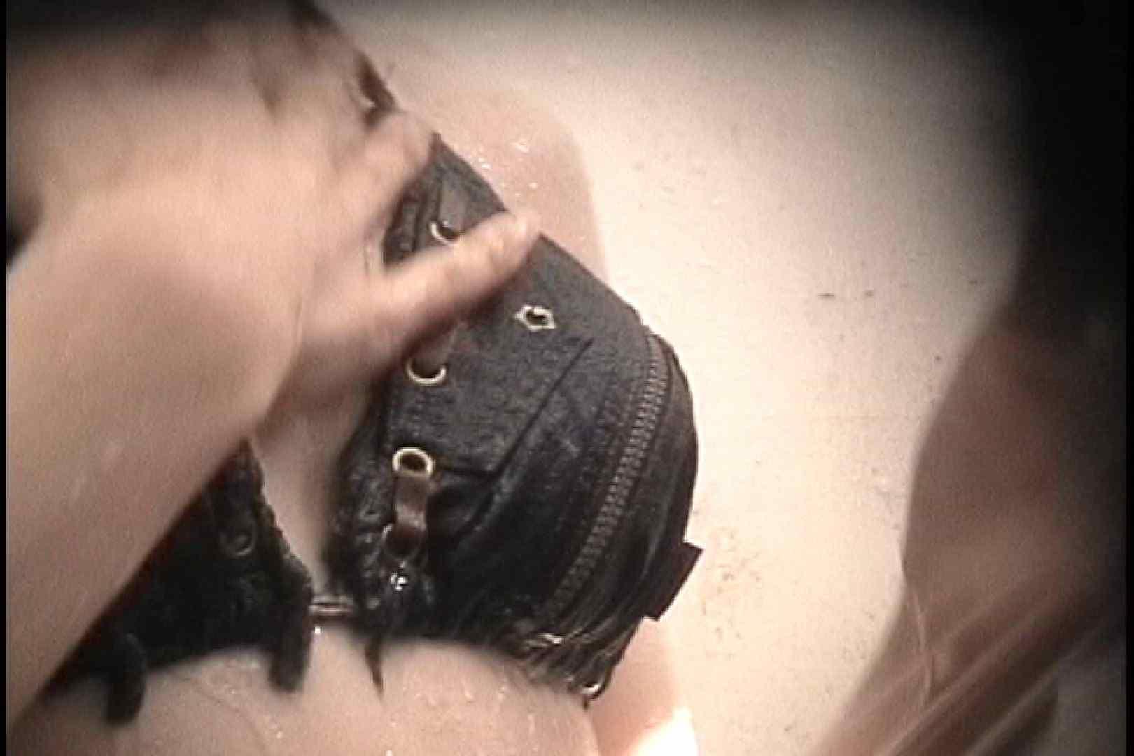 No.99 後ろに男の気配が 進展なし残念!! 乙女のボディ オメコ動画キャプチャ 79PIX 26
