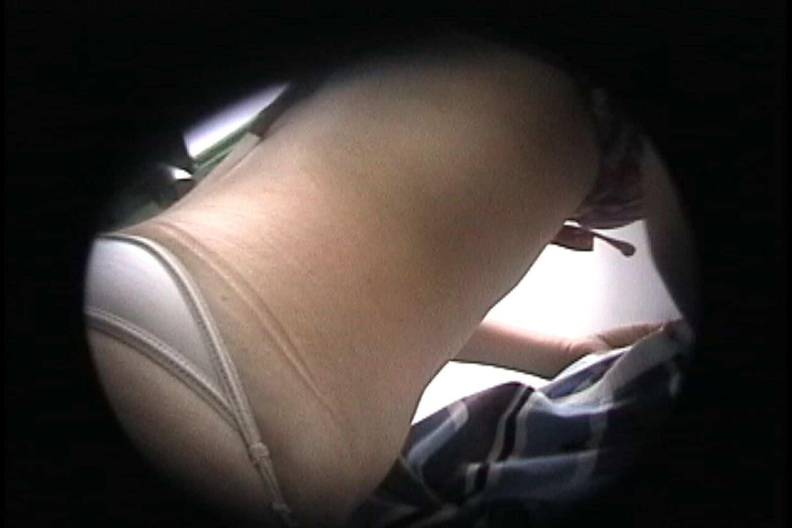 No.102 上も下もチラリズム 乙女のボディ | シャワー  59PIX 45